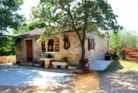 Farm House - A2+2